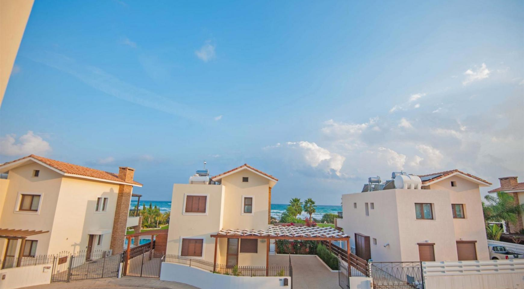 New 4 Bedroom Villa on the Seafront of Ayia Thekla - 20