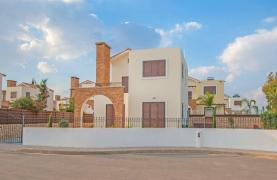 New 4 Bedroom Villa on the Seafront of Ayia Thekla - 21