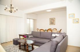 Luxury Fully Renovated 3 Bedroom Apartment on the Seafront - 44