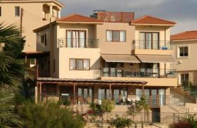 Spacious 4 Bedroom Villa with Stunning Sea and Mountain Views - 11