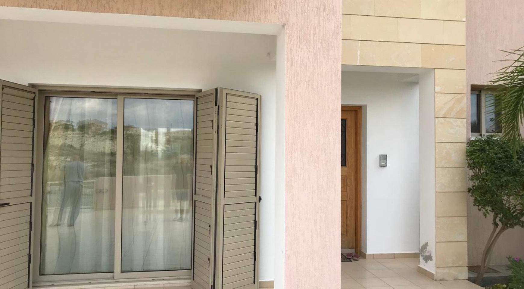 3 Bedroom Semi-Detached House with the Swimming Pool in Erimi Village - 14