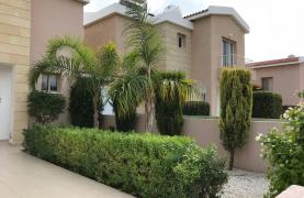 3 Bedroom Semi-Detached House with the Swimming Pool in Erimi Village - 37