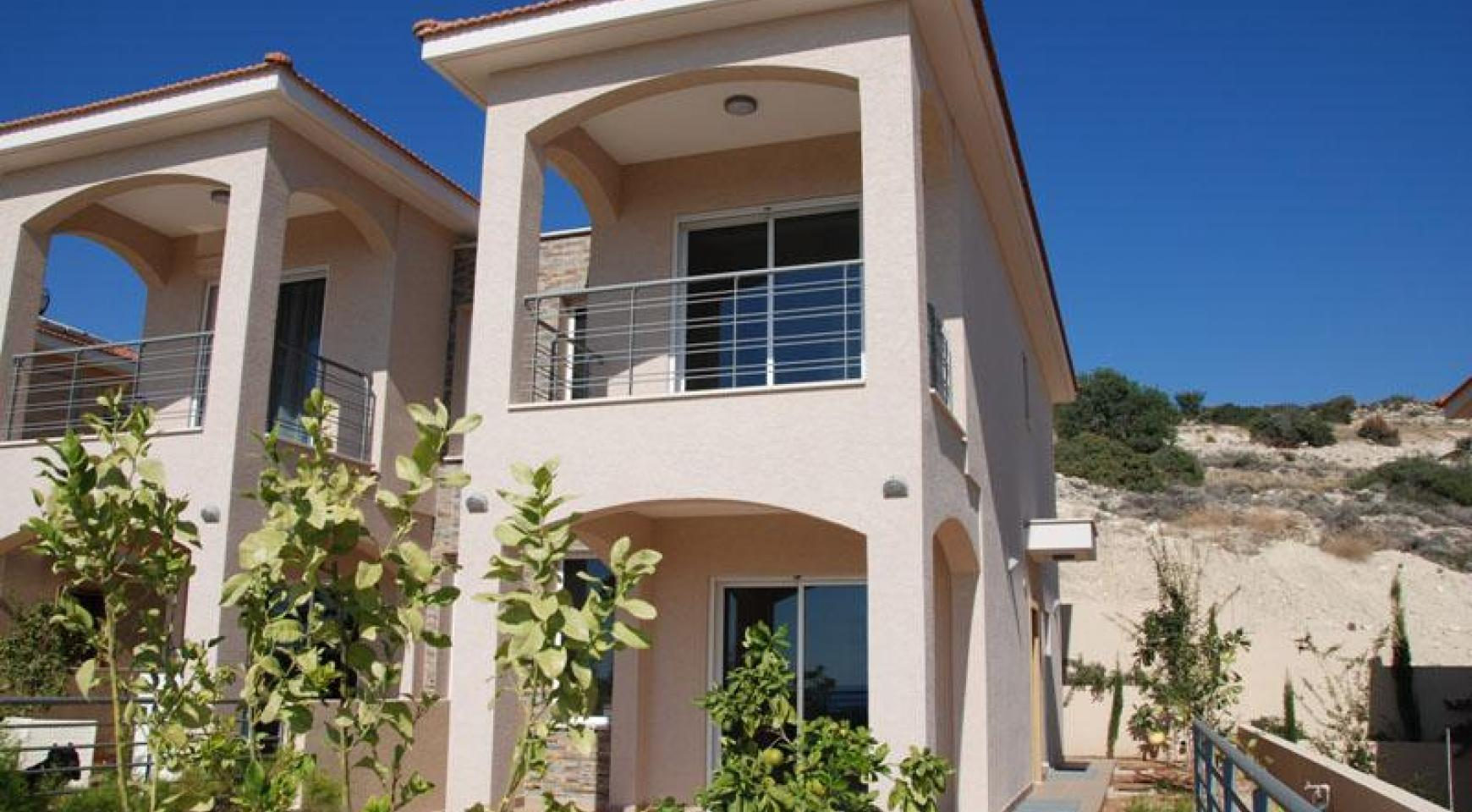 New 3 Bedroom House with Unobstructed Sea Views  - 3