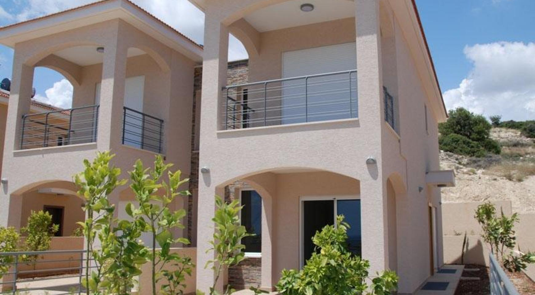 New 3 Bedroom House with Unobstructed Sea Views  - 2