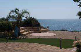 Beautiful Spacious Villa by the Sea in Zygi - 17