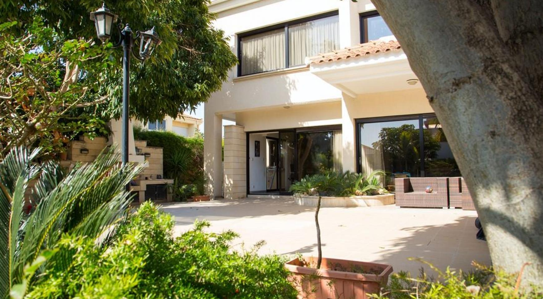 4 Bedroom Villa in Germasogeia Area - 2