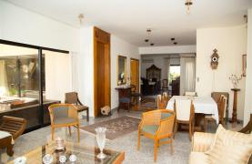4 Bedroom Villa in Germasogeia Area - 42