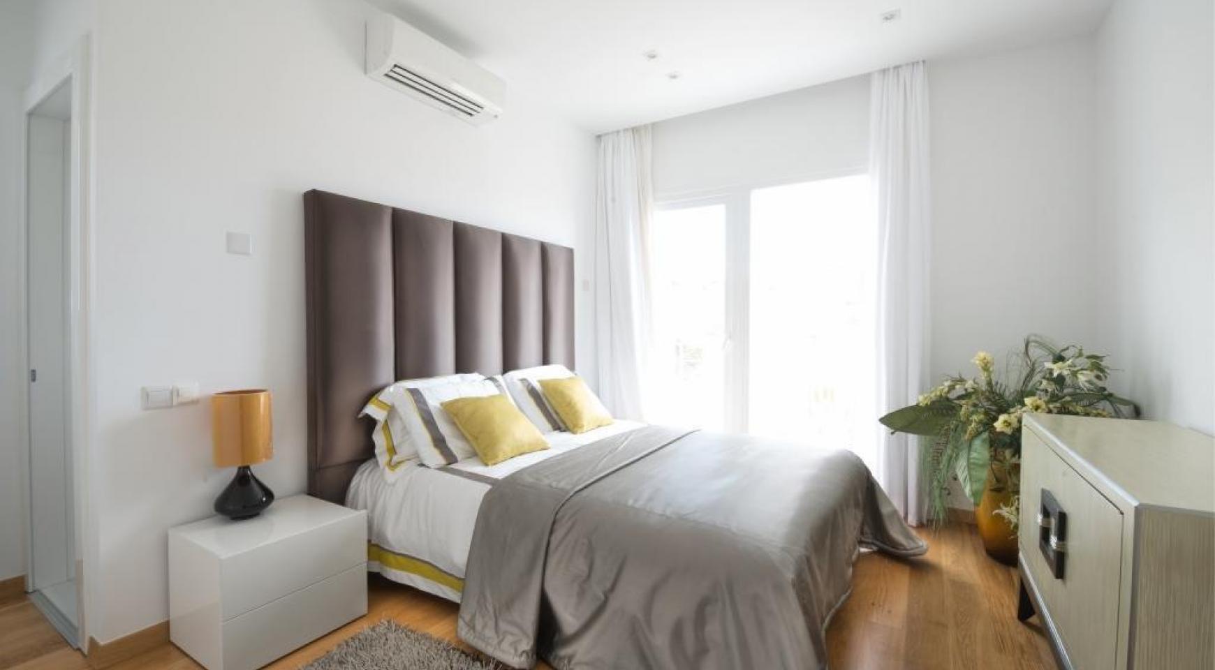 4 Bedroom Villa with Sea Views in Agios Tychonas - 12