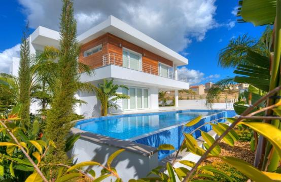 Contemporary 4 Bedroom Villa with Sea Views in Agios Tychonas