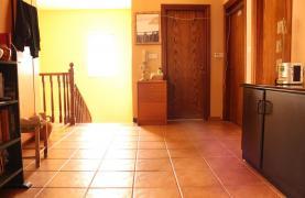 Spacious 5 Bedroom House in Agios Athanasios Area - 21