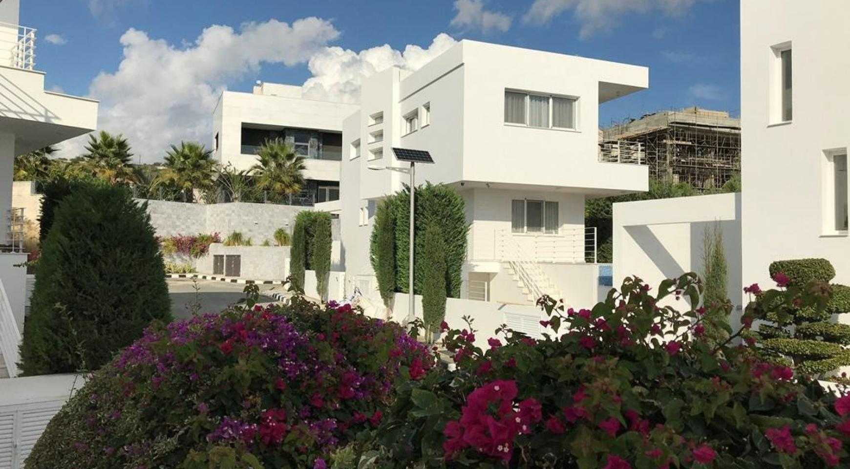Contemporary 4 Bedroom Villa with Sea Views in Agios Tychonas - 1