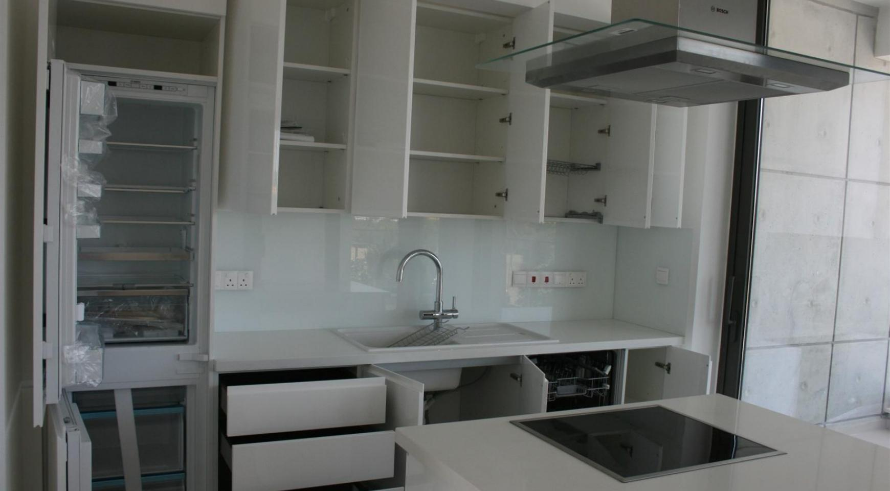 New Modern 3 Bedroom Apartment  near the Sea - 22