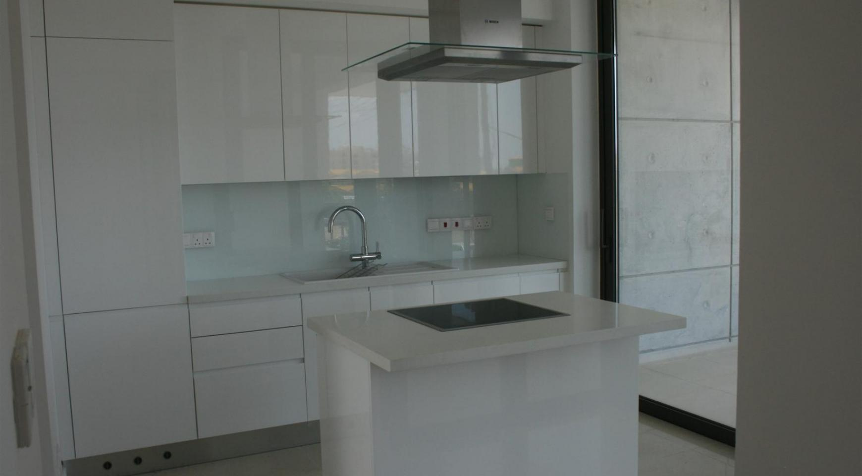 New Modern 3 Bedroom Apartment  near the Sea - 21