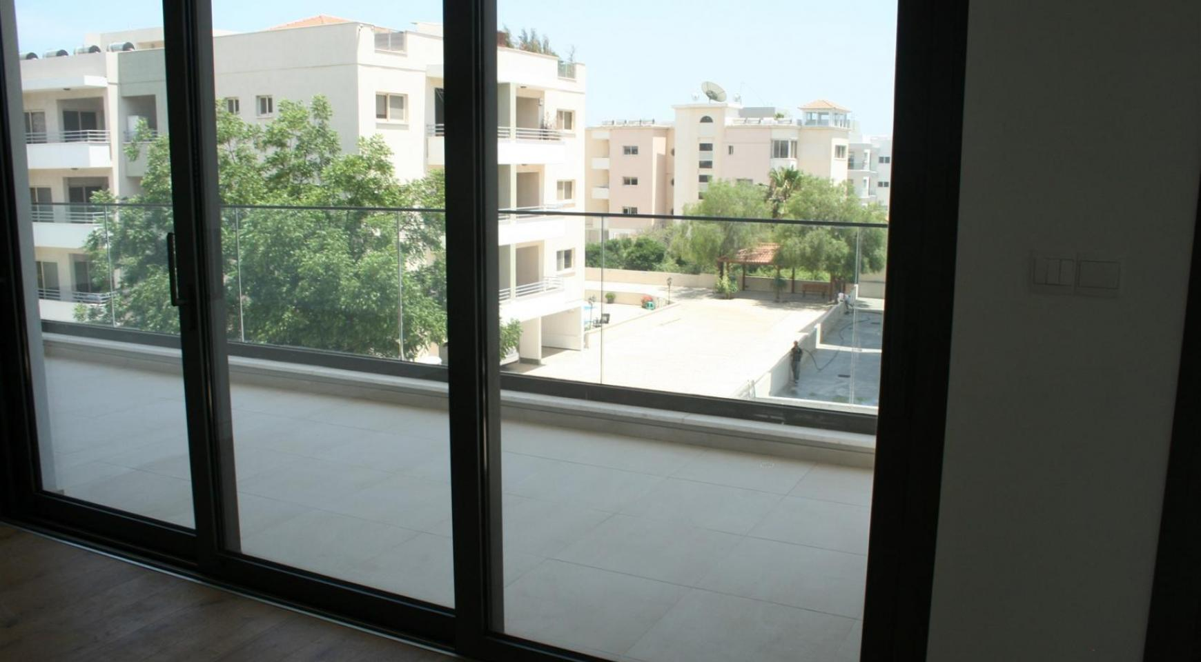 New Modern 3 Bedroom Apartment  near the Sea - 24