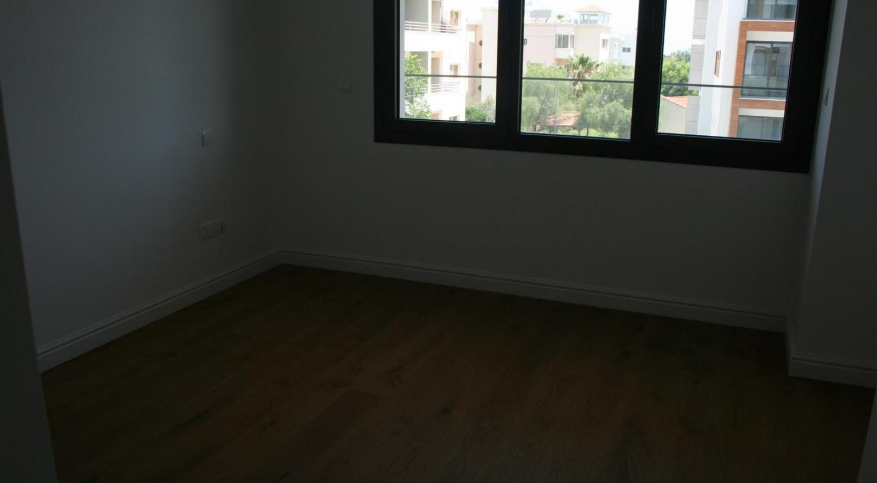 New Modern 3 Bedroom Apartment  near the Sea - 42