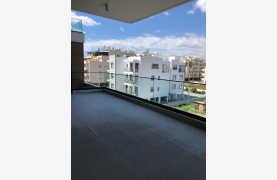 Contemporary 2 Bedroom Apartment in a New Complex near the Sea - 29