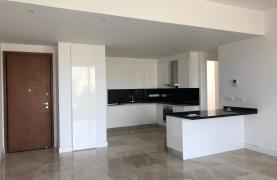 Contemporary 2 Bedroom Apartment in a New Complex near the Sea - 31