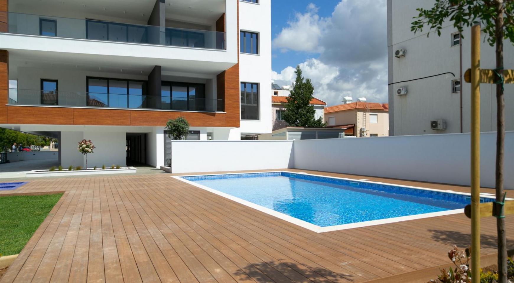 Malibu Residence. Contemporary 2 Bedroom Apartment 201 in Potamos Germasogeia - 5